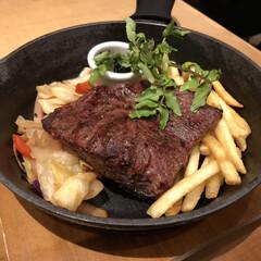 ステーキ/ランチ/グルメ/春のフォト投稿キャンペーン/フォロー大歓迎/LIMIAごはんクラブ/... 昨日はランチでステーキを食べるという暴挙…