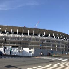新国立競技場/東京/おでかけ/旅/フォロー大歓迎/隈研吾/... 新国立競技場! 外観はだいぶ完成して来て…