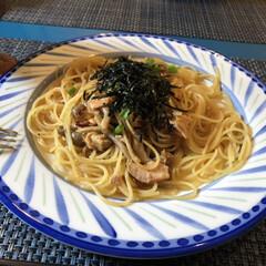 ランチ/パスタ/フード/グルメ/雨季ウキフォト投稿キャンペーン/フォロー大歓迎/... ランチで食べたパスタ〜  鮭が入ったオシ…