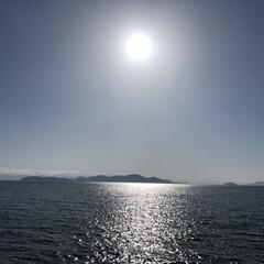 琵琶湖/滋賀/フォロー大歓迎/旅行/秋/風景/... 海と太陽!と思いきや琵琶湖です。 パッと…