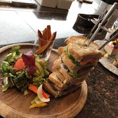 箱根/サンドイッチ/Bakery&Table/ランチ/LIMIAごはんクラブ/LIMIAおでかけ部/... 箱根の「Bakery&Table」で食べ…