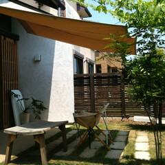 ターフ/板塀/芝庭 手作りアウトドアリビング
