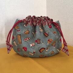 小物収納/旅行に便利/巾着袋/ハンドメイド/雑貨 貝殻形巾着……縁起物⁈ 可愛い形が好き。…