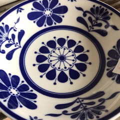 雑貨/100均 ダイソーに行ったら、可愛いお皿を発見した…