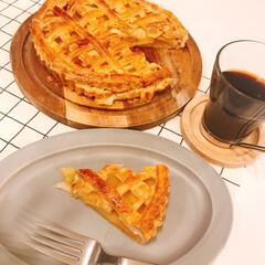 おうちスィーツ 蜜入りリンゴをいただいたのでアップルパイ…