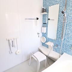 マーナ マグネットフック5連 W620 ホワイト 東急ハンズ | マーナ(浴室、石鹸ラック)を使ったクチコミ「お風呂場は、滑り防止、カビ防止のため全て…」(1枚目)