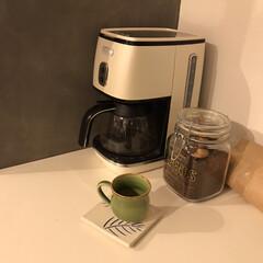 デロンギ ICMI011J-W ピュアホワイト ディスティンタコレクション コーヒーメーカー ICMI011JW | ディスティンタコレクション(コーヒーメーカー)を使ったクチコミ「食後の一息☕️ 今日はひさしぶりに長男を…」