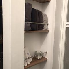 ニッチ/タオル収納/インテリア/リミアな暮らし/DIY/収納/... 洗面所にもトイレと同じような 壁厚を利用…