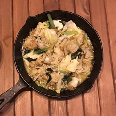 アヒージョ/フライパン料理/スキレット料理/スキレットレシピ/スキレット/ニトスキ/... アヒージョが大好きな私と小6長男。 今晩…