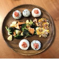 アカシア 丸プレート25cm 100380701(皿)を使ったクチコミ「夏休みの終わりも見えてきて 給食スタート…」