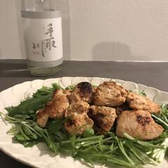 宅飲み/家飲み/タンドリーチキン/むね肉レシピ/むね肉/キッチン/... 今日はタンドリーチキン風と 微発泡日本酒…