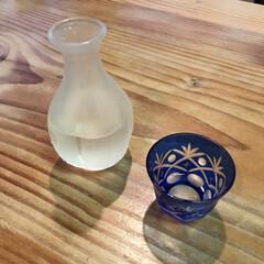 江戸切子 重ね矢来 オールド 赤 KJT−04OF/R(皿)を使ったクチコミ「夏はキンキンに冷えた冷酒が美味しいですよ…」