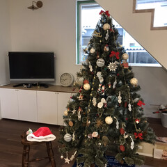 男の子ママ/インテリア/クリスマス/リミアの冬暮らし/セリア/100均/... 今年は子どもたちにお任せしたツリーの飾り…