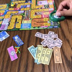 旅行準備/こどもと暮らす/人生ゲーム/おすすめアイテム/みんなにおすすめ 長男がもらったポケット人生ゲーム お金も…