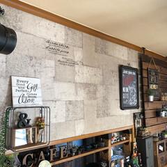ドライフラワーのある暮らし/ワイヤーウォールラック/ジョイフル本田/DIY女子/男前インテリア/インダストリアル/... ダイニグ模様替え❣️ カウンター上の壁に…