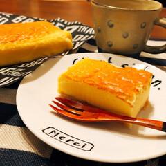 スフレチーズケーキ/眠い💤/ちゃちゃまる/ペット/スイーツ しっとり!スフレチーズケーキ🧀を焼きまし…