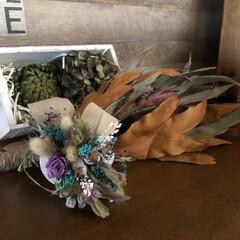 リビング/受賞賞品/感謝/お土産/紫陽花ドライ/柿の葉寿司/... 昨日と今日は素敵な🎁が我が家にも届きまし…