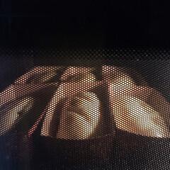 お豆腐屋さんのランチ/オレンジパン/チーズパン/ぷどうパン/わたしのごはん/フード 朝からパン焼きました〜😊  中身はぶどう…(2枚目)