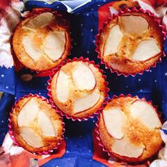 カービィの和菓子/タルトタタン風ケーキ/りんごのカップケーキ/フード/スイーツ/おうちごはんクラブ/... 久しぶりにりんごのケーキ焼いた〜🍎 つい…