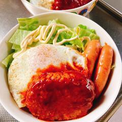 サクランボアイス/お好み焼き/ロコモコ丼/おうちごはん 今日は1日雨☂️でした💦  お昼ごはんは…