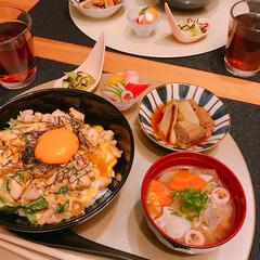 親子丼 親子丼🤗  豚汁🖐  ねぎま煮🖐  やみ…(2枚目)