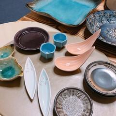 食器棚いっぱい/収納どうする…/陶器市/食器 新しい食器😊✨  先週は道具屋筋でお盆と…(3枚目)