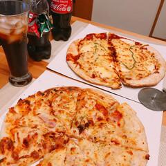ピザ 今日は色々あってピザ🍕  450円と40…(1枚目)