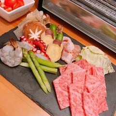 松坂牛/おうちごはん/暮らし 義実家から頂いたお肉を網焼きに🤗✨  焼…