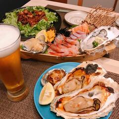 鮑/焼き牡蠣/ウニ美味しい❤️❤️/舟盛り 久しぶりに舟盛り🌊   ※牡蠣、ウニ、鮑…(1枚目)