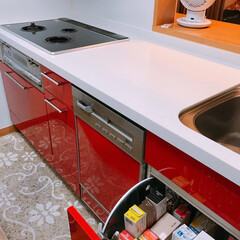 収納/ラップ収納/暮らし/節約/100均 我が家のラップ収納🤚   食洗機の前が私…