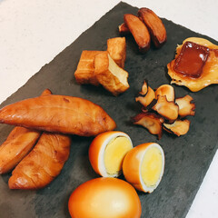 スモークチップス ヒッコリー(111123)キッチン台所用品 | カンダ(部屋用)を使ったクチコミ「我が家のお気に入りのけむらん亭で  ささ…」