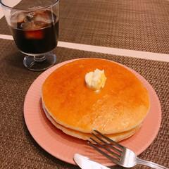 ホットケーキ キター🙌  昨日寝る前にキッチンにホット…(1枚目)