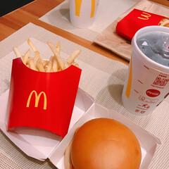 フィレオフィッシュ/マクドナルド お昼に少し出かけたので  お土産にマクド…