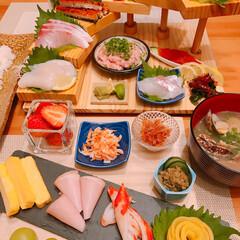 階段盛り/手巻き寿司 ※手巻き寿司🍣  ※あさりの味噌汁  階…(3枚目)