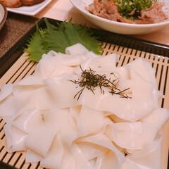 葛うどん/柿の葉寿司/吉野葛 昨日買った吉野葛入りうどんと柿の葉寿司😘…(2枚目)