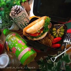 カフェ弁/ランチボックス/お昼ごはん/おうちご飯/イングリッシュマフィン/お弁当記録/... 今日のᴊᴋ弁当🍱😊 イングリッシュマフィ…