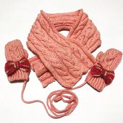 子供服/ミトン/マフラー/手袋/アラン模様/ケーブル編み/... ケーブル編みのマフラーと手袋つくりました…