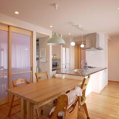 キッチン/キッチン収納/パントリー/キッチンインテリア/オープンキッチン/オーダーメイドキッチン/... 家の中心にあるキッチン オープンキッチン…(1枚目)