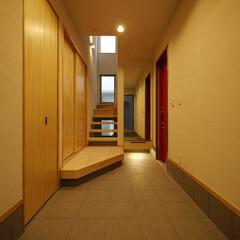 玄関/玄関土間/土間/手洗い/下足箱/玄関収納/... 広い玄関土間 「インナーテラスのある家」…