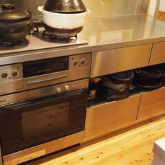 キッチン/キッチン収納/女性建築士/リノベーション/リフォーム/オーダーキッチン/... キッチン中段のオープン収納 オリジナルの…