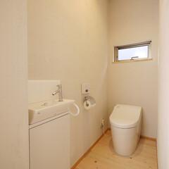 トイレ/自然素材/シラス壁/住宅設備/水回り/清潔/... 清潔感あるシンプルなトイレ 「インナーテ…