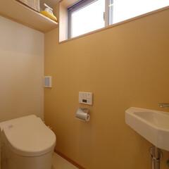トイレ/アクセントクロス/アクセント壁/黄色/イエロー/手洗い/... 黄色いアクセントクロスのトイレ 「キッチ…