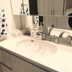 インテリア/ホワイトインテリア/すっきり暮らす/シンプルな暮らし/マンション暮らし/シンプルライフ/... 我が家の洗面所😊 清潔感がでるようにホワ…