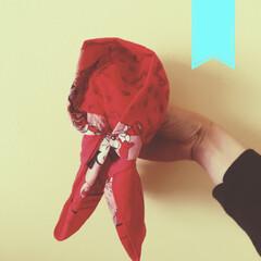 はんかち/ハンカチ/遊び道具/遊び/絵本/絵本の世界/... ハンカチで作る赤ずきんちゃん http:…