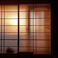 切ない/和室/磨りガラス/夕日/標茶/ひらた家具店 和室の磨りガラスが夕日の色に染まっている…