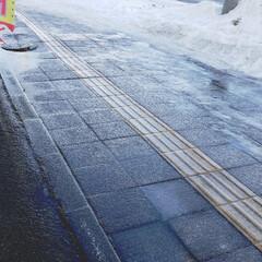 標茶/道路/道/凍る/氷/雨/... こちらは今朝のひらた家具店の前の道。 昨…