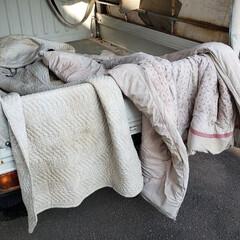 布団/気持ちいい/干す/仕事/配達/平田家具店/... これ、ひらた家具店の軽トラックの荷台です…