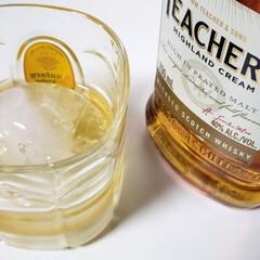 スコッチウイスキー ティーチャーズハイランドクリーム 700ml whisky(スコッチ)を使ったクチコミ「ちょこちょことウイスキーを飲むようになり…」