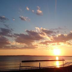 海/夕陽/夕日/カコ空/ひらた家具店/LIMIAおでかけ部/... これは過去に店長が撮影した夕日。 撮影場…