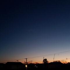 夜空/夕焼け/秋空/空/ひらた家具店/秋 本日の夕方に一枚。  秋になってくると空…